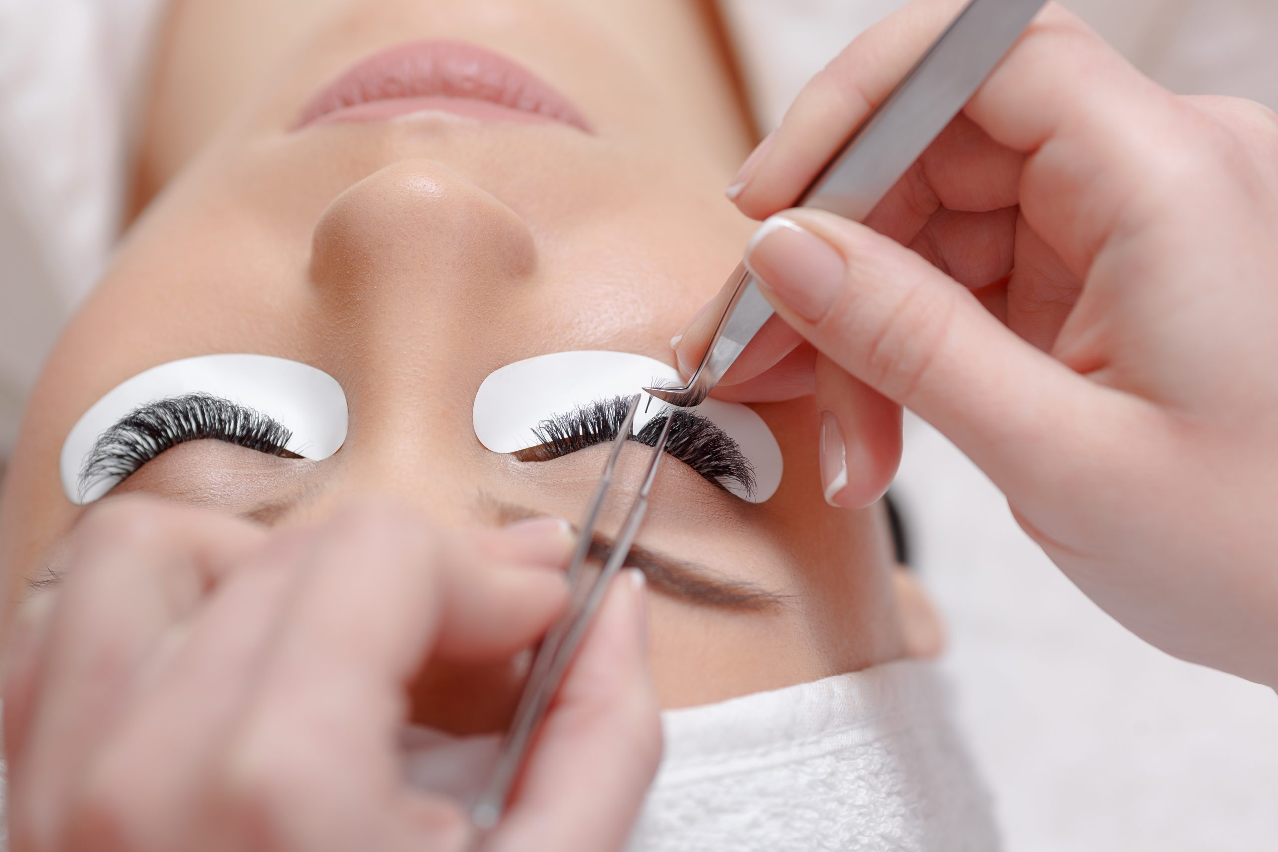 What are Eyelash Extensions and How Do They Actually Work?